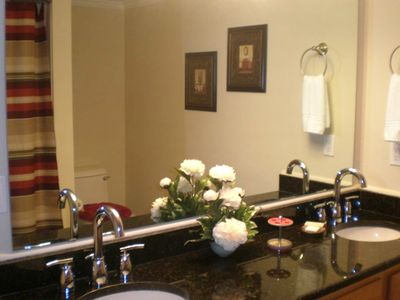 Master Bath, double vanity with granite counter tops