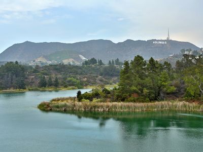 Minutes to the spectacular Hollywood Reservoir