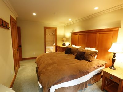 Spacious Master Bedroom features a KING bed that can be split into TWO TWIN beds