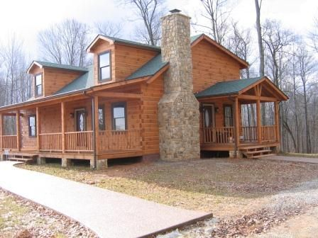 Log home after completion in 2006