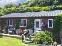 THE LOG CABIN, country holiday cottage in Adforton, Ref 6749