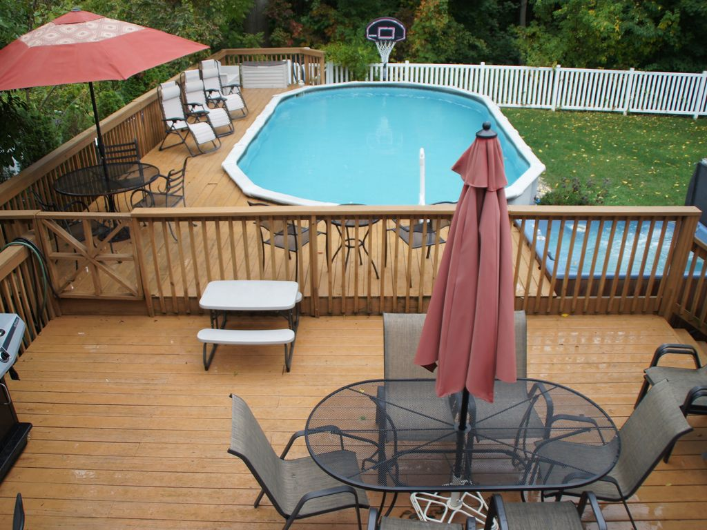 Perfect family place heated pool walk to vrbo for Walk in swimming pools