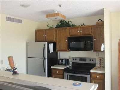 Myrtle Beach Resort condo rental - Open kitchen with all new appliances fully equiped with all you needs to cook.