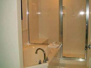 Fort Walton Beach condo photo - 2nd Bathroom - separate tub & walk in shower.