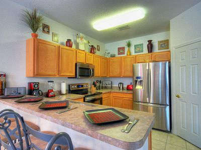 Haines City villa rental - Kitchen with brand new Samsung stainless steel appliances.