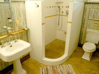 Hanalei apartment photo - Incredible walk-in shower for two!