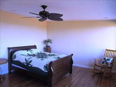 Ocean view 2nd master with queen bed, private bathroom and oak wood floor