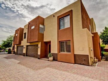 Downtown Scottsdale townhome rental