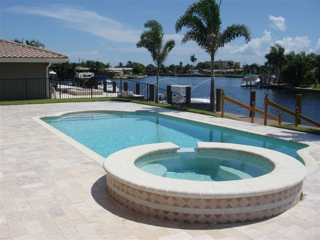 Luxury Waterfront Home With Heated Pool Jacuzzi Boat