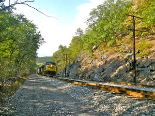 Berkeley Springs cabin photo - Train tracks runs along the Potomac river.