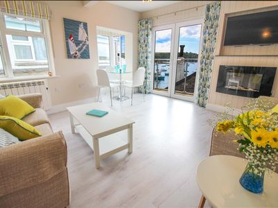Fabulous location overlooking the harbour in St Mawes