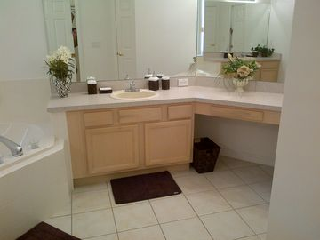 Master Bath 1- Alternate View