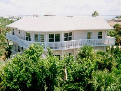 The vacation you always dreamed of in the dreamiest home on the island