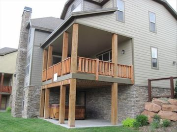 Bear Hollow Village house rental - Side View of house showing the large deck and private Hot Tub