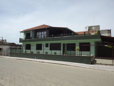 House w / 6 bedrooms-sleeps up to 18 people - 150mts to the pumps Beach.