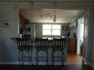 Kitty Hawk house photo - Eat in bar and kitchen