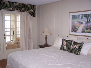 Gulf Shores house photo - The beautiful master bedroom with a king bed and TV in the room!