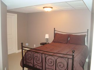 Niagara Falls house photo - Bedroom 4 with Double Bed