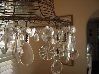 Santa Cruz cottage rental - Nook - chandelier detail