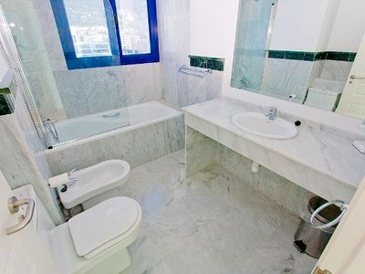 En-suite Marble Bathroom