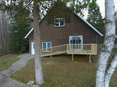 Northwoods lakefront cabin right by ATV and snowmobile trails!