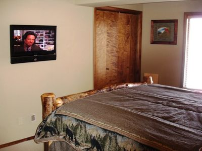 32 inch HDTV in both bedrooms