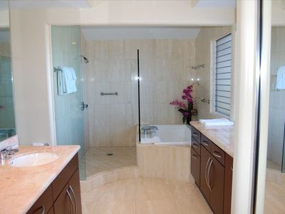 Master Bath: OceanView, Dual Granite Sinks, Spacious Shower and Oversized Tub