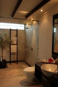 Villa Damai Bathroom
