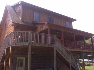 Claytor Lake cabin photo - Nice back porch and deck.