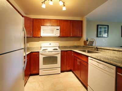 Newly remodeled kitchen with granite counter tops. Fully equipped!