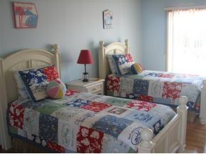Harvey Cedars house photo - Bed 2