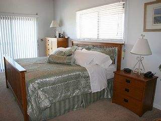 Cape San Blas house photo - Master suite with King Bed and Vaulted ceilings