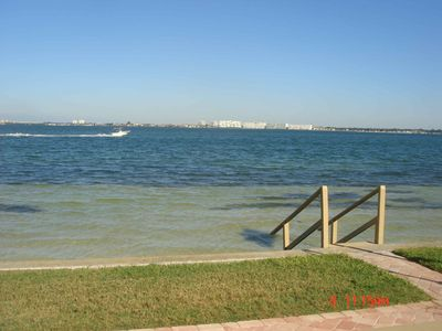 Isla del Sol condo rental - Easy access to the beautiful bay