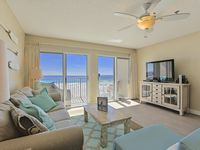 Windancer 311 - Gulf Front, Renovated, Free Beach Svc, Pool, Local Owner!