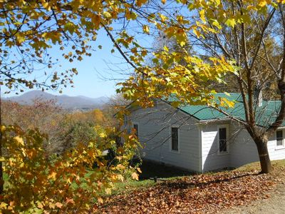 Maggie Valley farmhouse rental - 1935 Mountian Farm House with mountian views