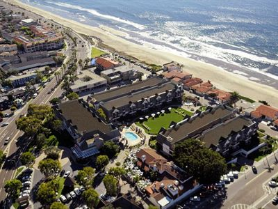Aerial View of the Carlsbad Inn Beach Resort