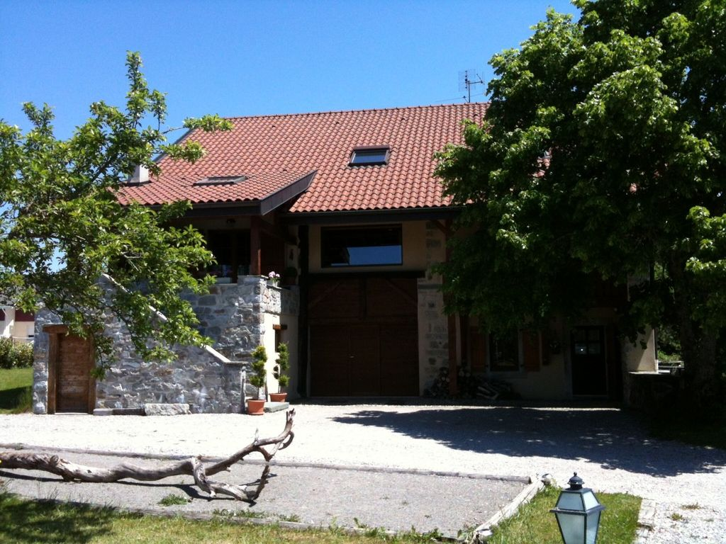 Accommodation near the beach, 72 square meters, , Vinzier, Rhone-Alpes