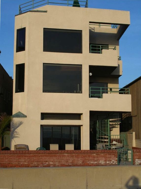 Hermosa Beach house rental - FRONT OF HOUSE FROM BEACH !