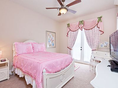 Reunion house rental - 2nd Floor Bedroom Three: 2 Full Beds. The additional Full Bed is Under Bed