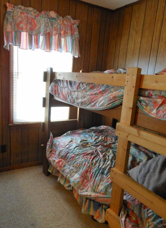 Sweet Success West bunk bed room