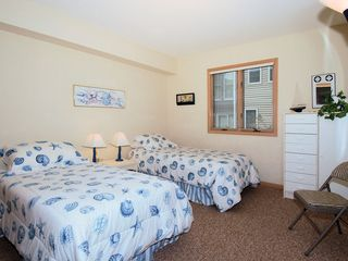 Bethany Beach house photo - lower bedroom # 2 : 2 single beds