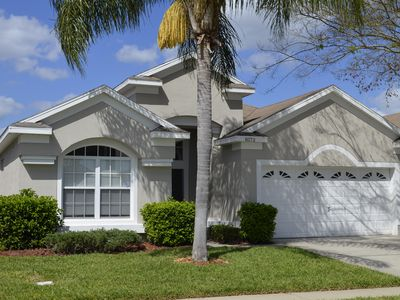 Steps to Disney, Luxury Pool Home, 2 Master Suites, Gated, Game Rm,Free WIFI,BBQ