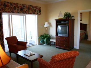 Living Room - Pawleys Island condo vacation rental photo