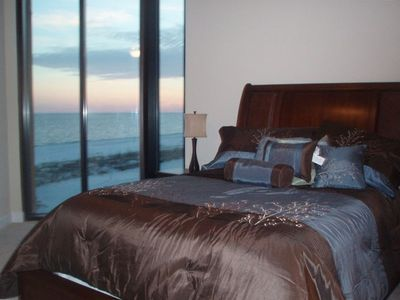 Guest Room #1 - Queen Bed and Gulf View