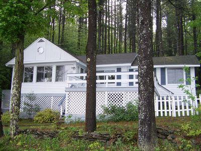 Front view of cottage overlooking the lake