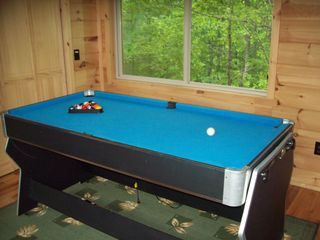 Bryson City cabin photo - Ping Pong, Pool, and Air Hockey