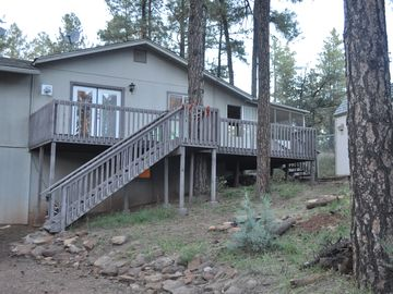 Pine cabin rental - Front of home, large front deck.