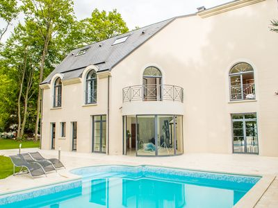 Villa 450 m² 2500 m² park 30 minutes to Paris clips shootings, shootings