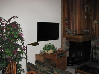 Entertainment center includes Plasma TV, DVD, and wireless Internet access