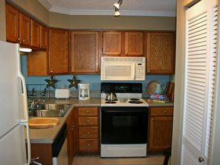 Fully Equipped Kitchen - Islander Destin condo vacation rental photo